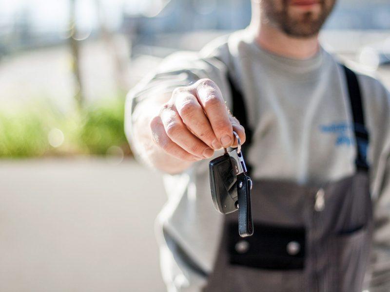 Skrotdingamlebil skrotter biler og giver god skrotpræmie
